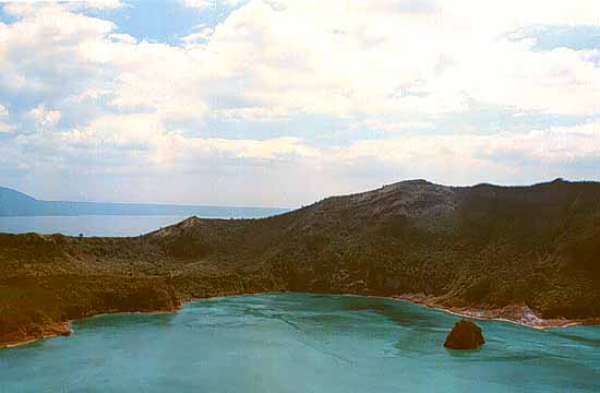 Vulcan Point - Largest island in a lake on an island in a lake on an island